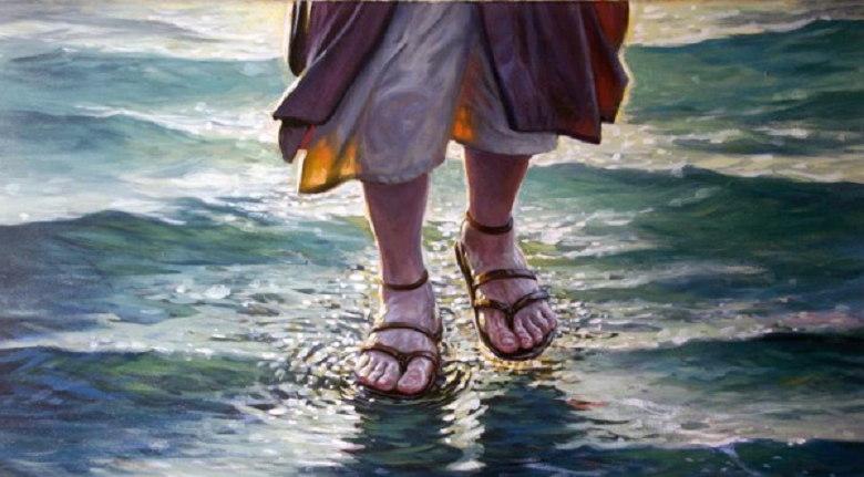 Imágenes de Jesús sobre las aguas